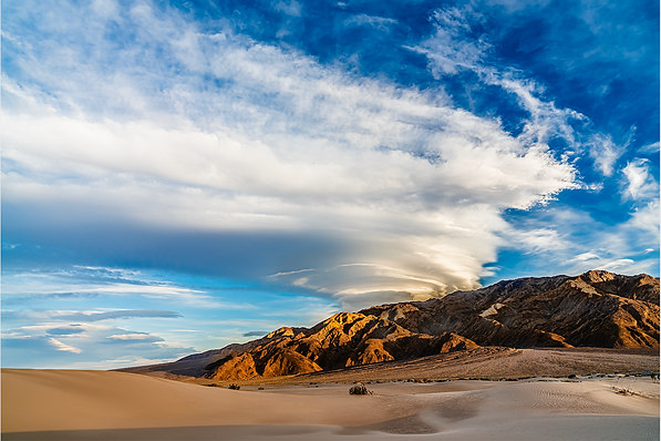 Death Valley Lenticular Cloud.png