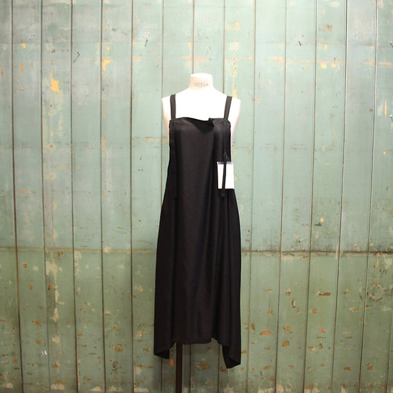 Y's Side Front Tuck Pinafore