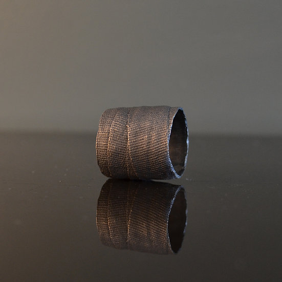 Detaj Wide Bandage Ring