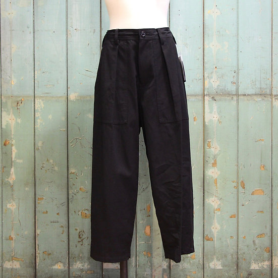 Y's Front Tuck Pant