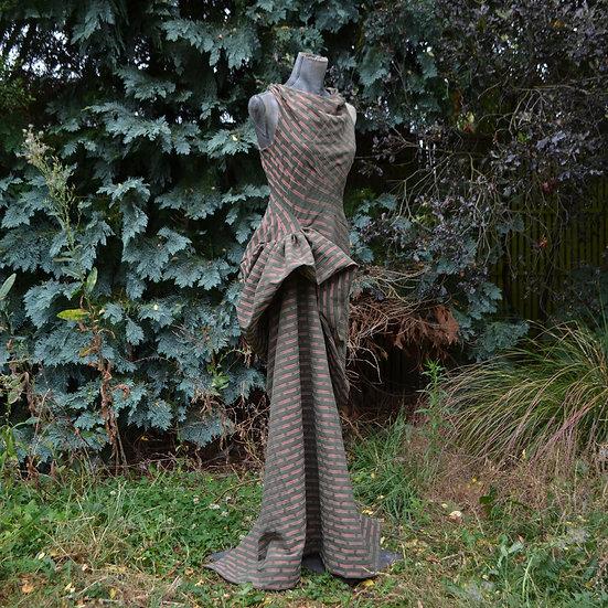 6x4 Bias-Cut Draped Sleeveless Gown