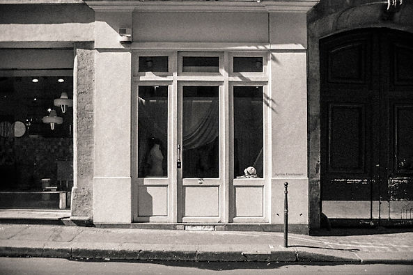 Paris showroom Ageless Einzelganger
