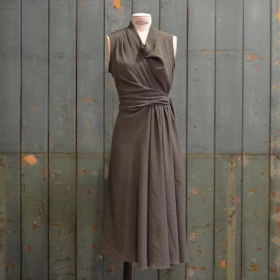 6x4 Sleeveless Draped Dress