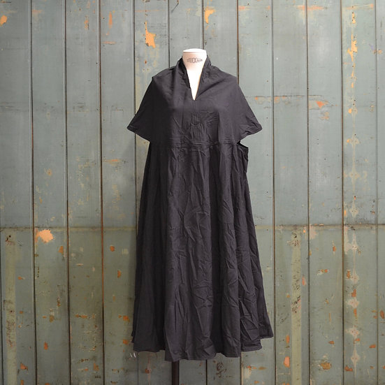 6x4 Panelled Slit-collar Dress