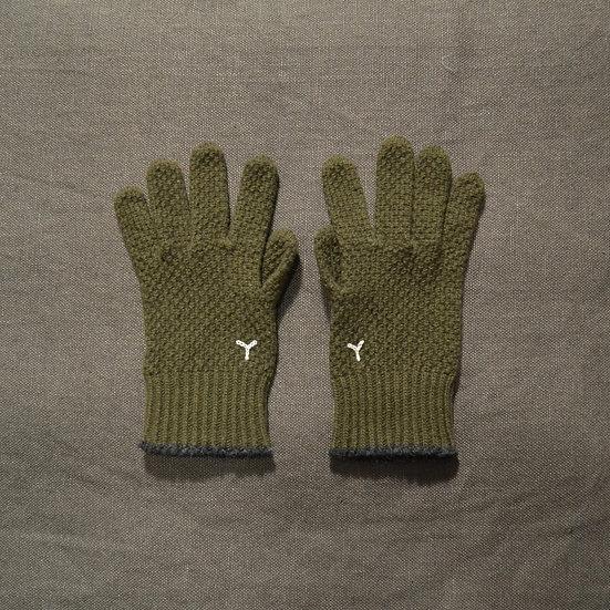 Y's Gloves