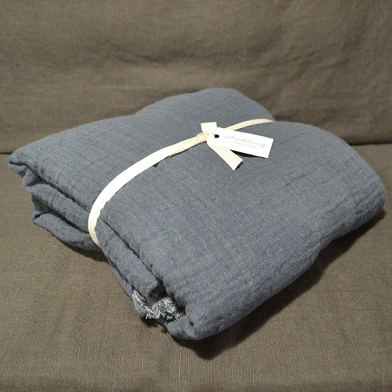 Le Monde Sauvage Waffled Linen Bedcover