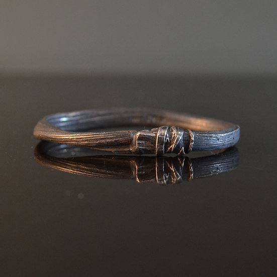Detaj Two-Finger Hair Ring