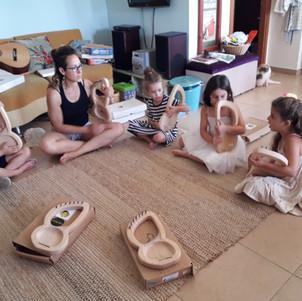 חוג מוסיקת עולם ביתי לילדים