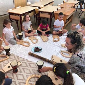 חוג מוסיקה לכיתות א ב מור שטייגל