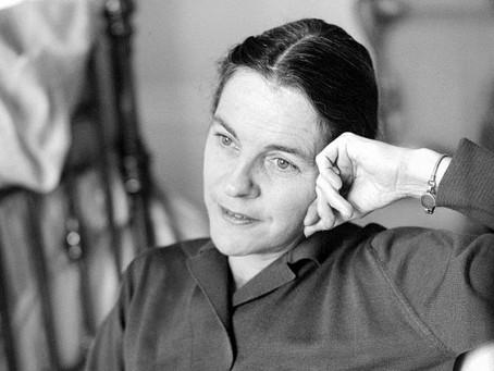 """""""Eres igual que Lord Byron, brillante pero superficial"""": un retrato de Mary McCarthy"""