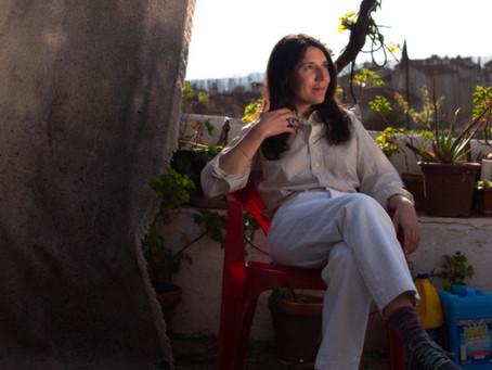 """Lorena Álvarez: """"Todo funciona con el mismo modelo: consumir, vomitar, consumir, vomitar"""""""