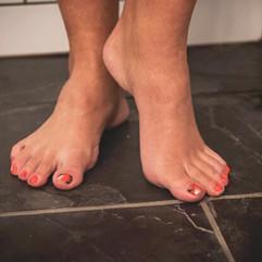feet worship fetish toes