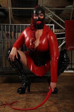 Rubber Royale Latex Domme whip