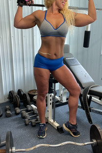 muscle dominatrix wrestling