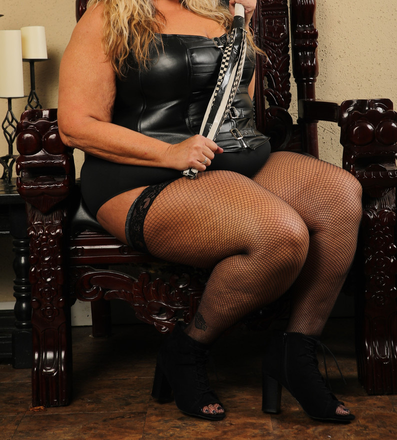 Queen Kat Krush Raleigh Dungeon