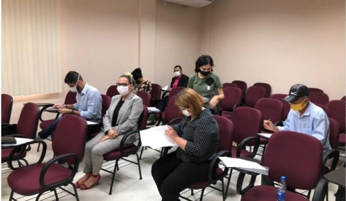 Com 1.016 casos de covid-19 em outubro, MP e candidatos suspendem comícios em Parintins