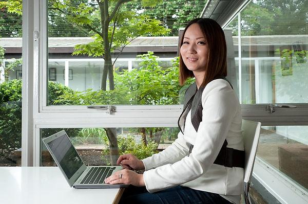 chinese-student_computer.jpg