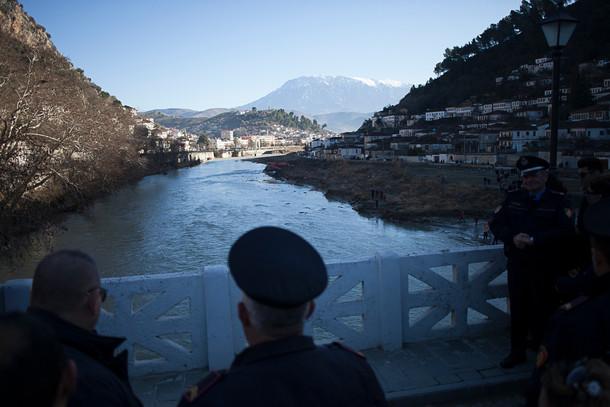 Berat - Police control.
