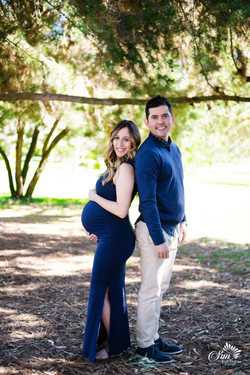 Maternity photographer in San Diego