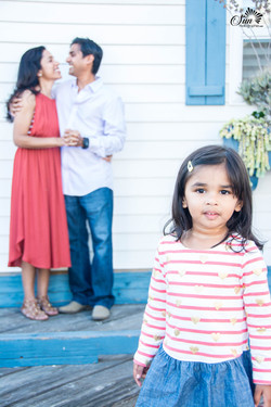 Family photographer in San Diego