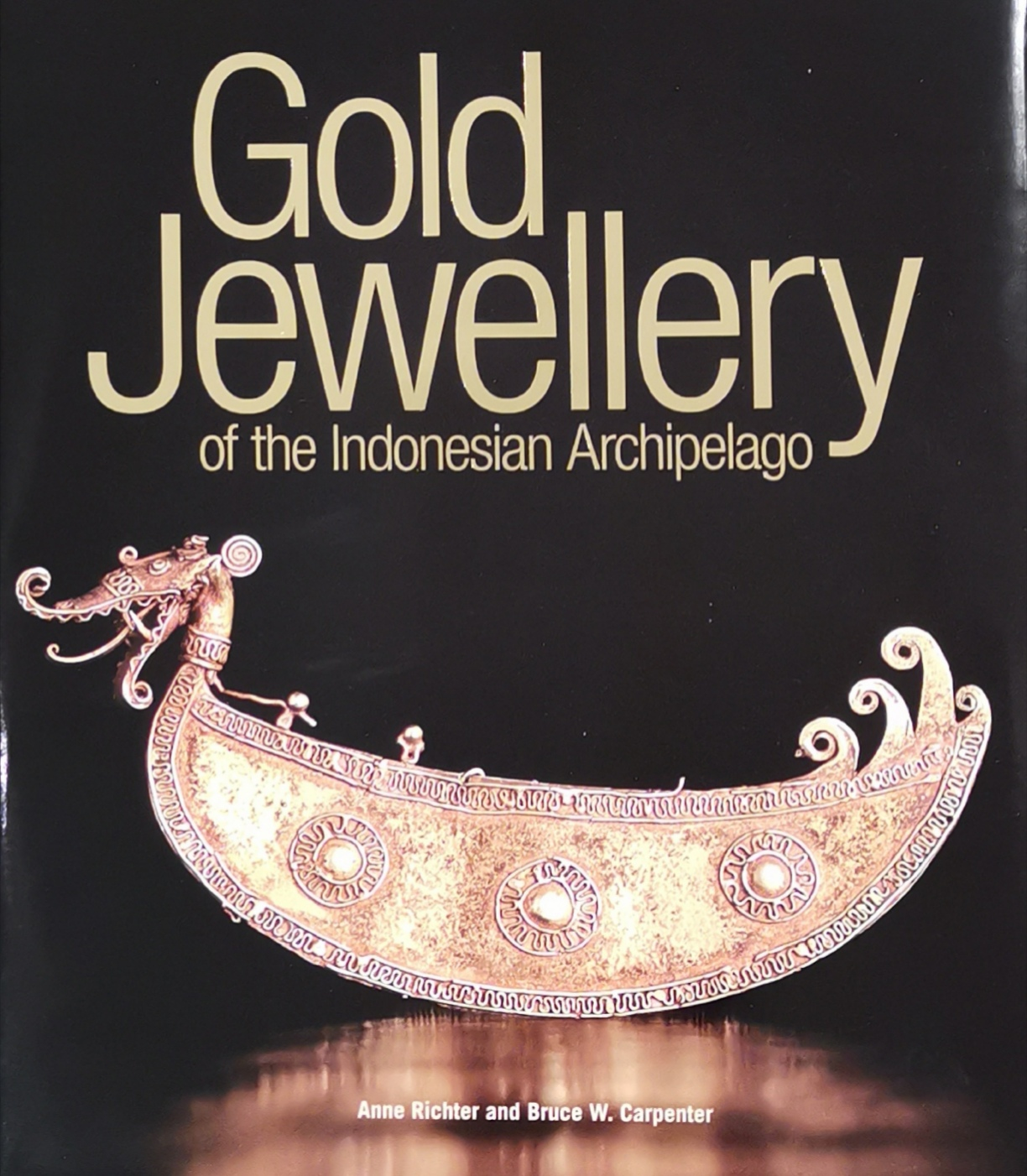 Gold jewellery of the Indonesian Ar