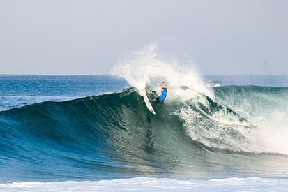 Caio Ibelli Surfing Hossegor