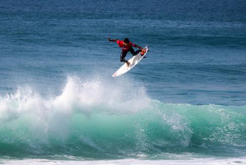 Gabriel Medina Surfing Hossegor