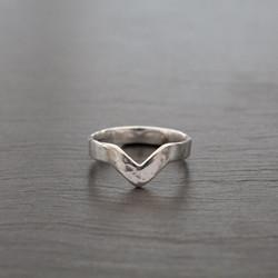 Adjustable Wishbone Ring