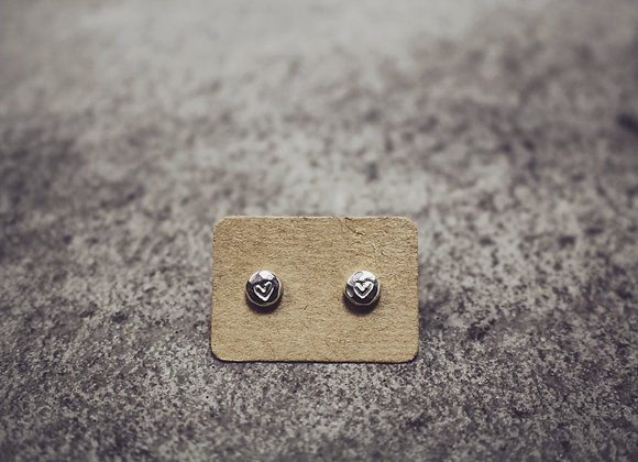 Tiny Hammered Pebble Studs (Heart)