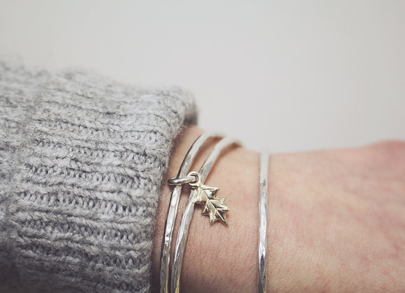 9ct Gold Mini Holly Leaf on Silver Bangle