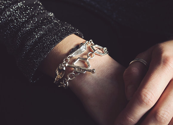 Chunky Chain Hexagonal Toggle Clasp Bracelet