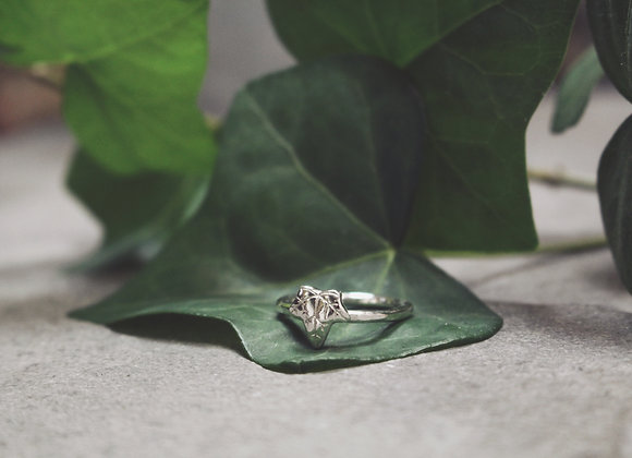 Mini Ivy Ring