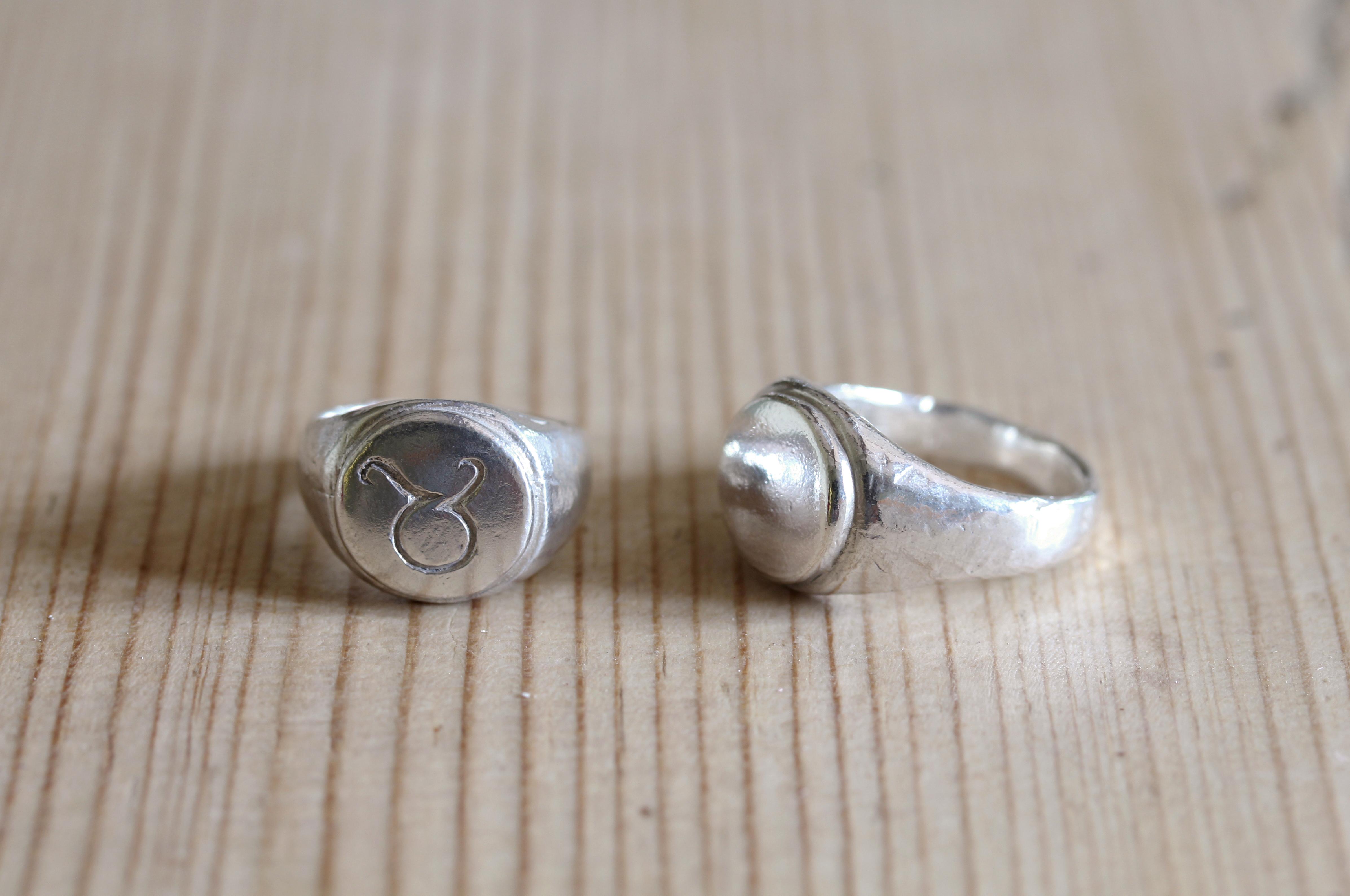 Signet Rings