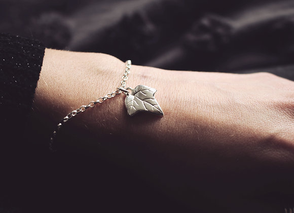 Ivy Leaf Chain Bracelet
