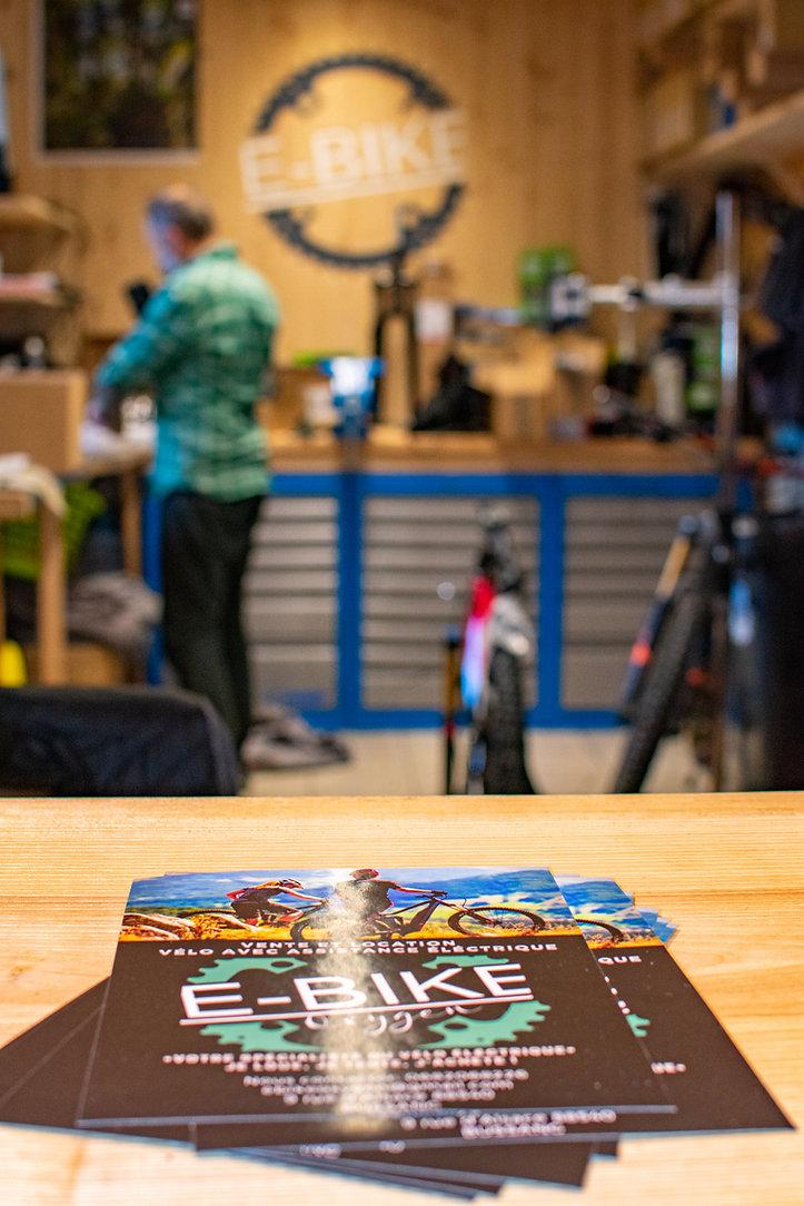 Atelier entretien toutes marques, vélos VAE famille Shop E Bike Oxygen Bussang, équipemnt et accessoires VTT, Vente et location de vélos à assistance électrique à Bussang, Hautes Vosges. Avec E Bike Oxygen _ Je loue, je teste, j'achète ! VTT et vélos de route électriques