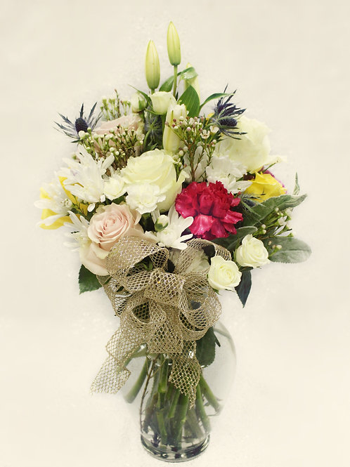 Mix Bouquet in Vase. Styles Vary.