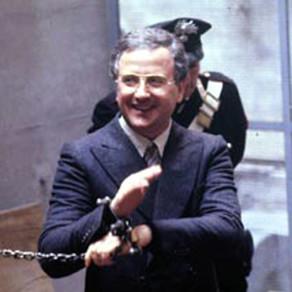 Raffaele Cutolo: il capo della NCO tra carcere, potere e mistero