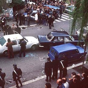 La strage di via Fani e il rapimento di Aldo Moro nell'ora più buia della Repubblica italiana