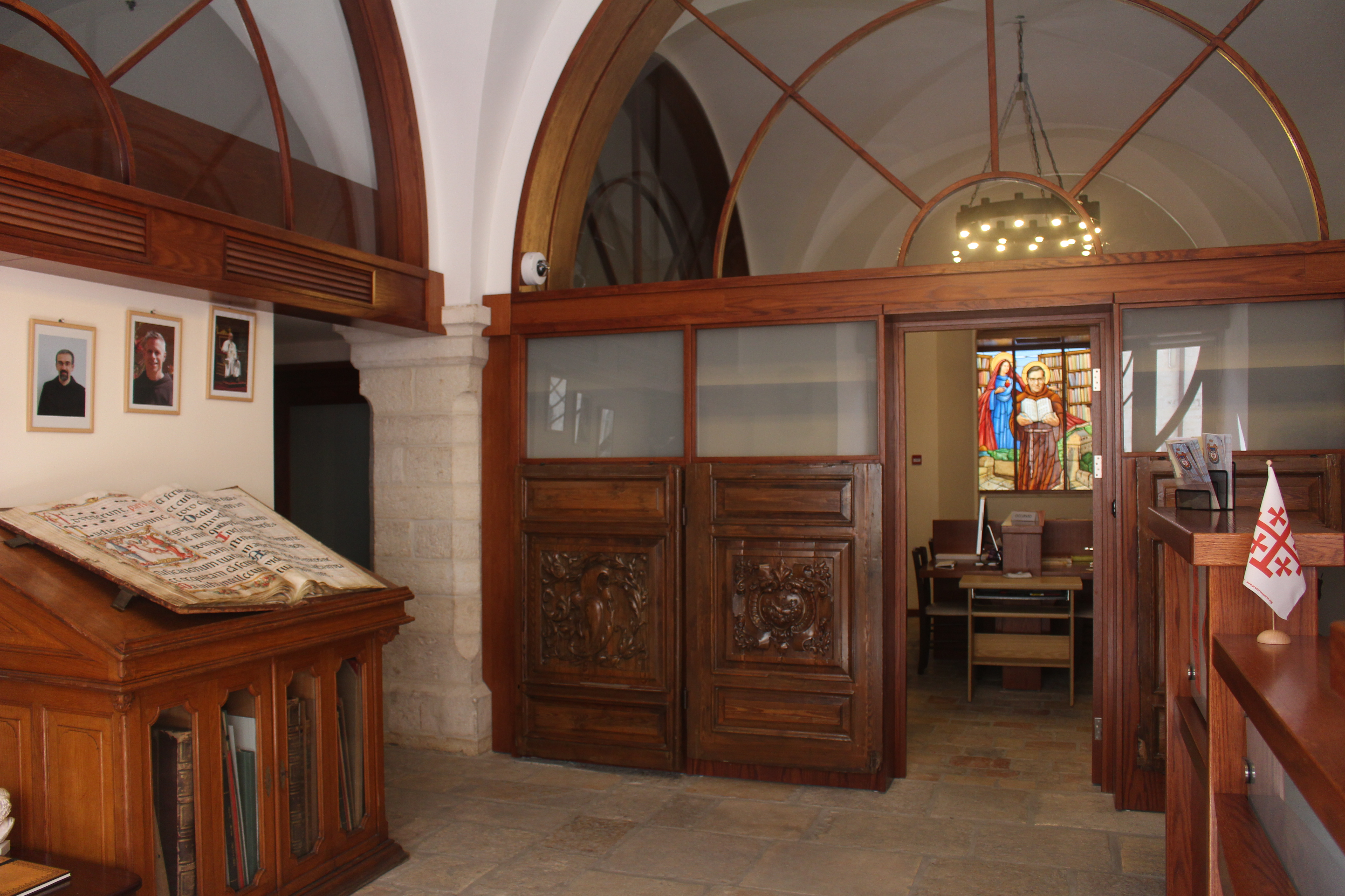 Jerusalem library