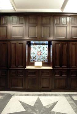 Geometric pattern window