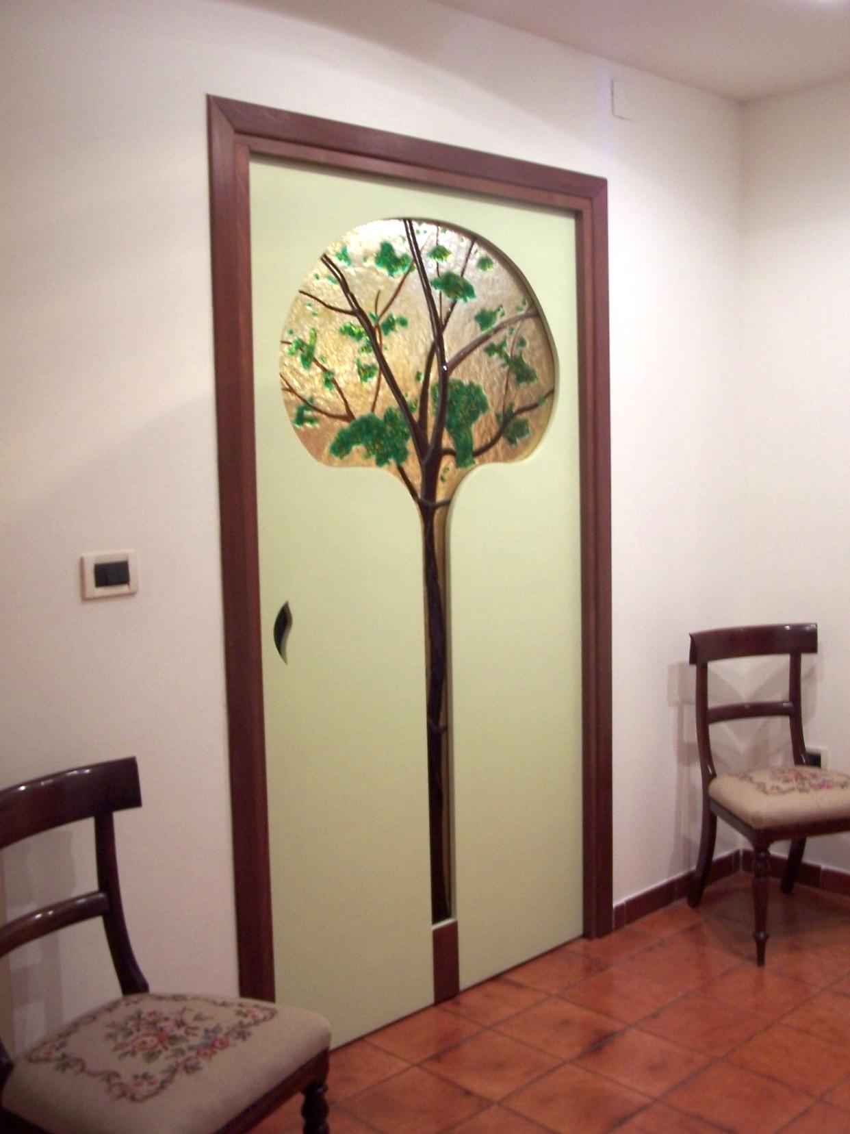 tree decorated door