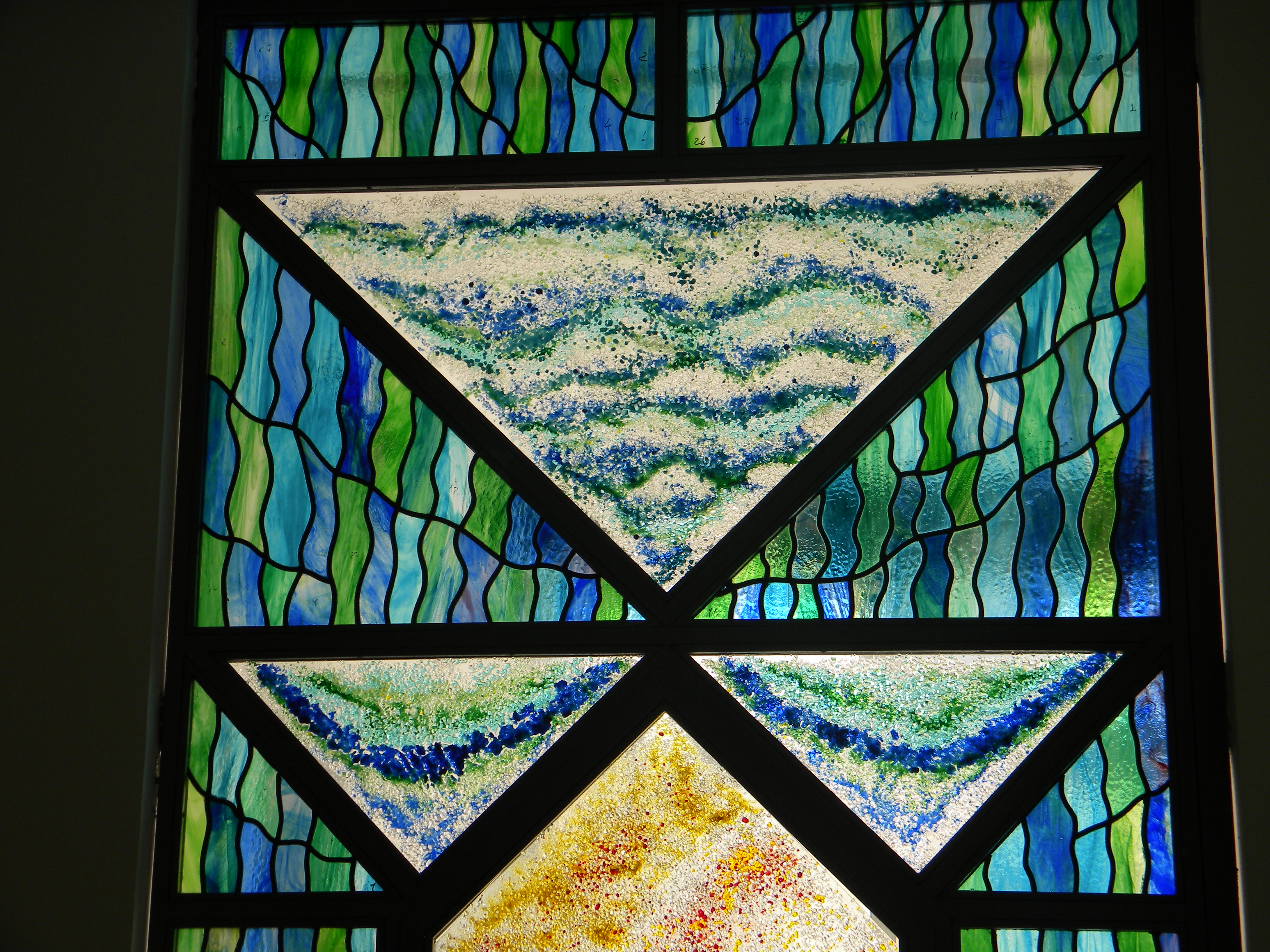 colored glass overpanel