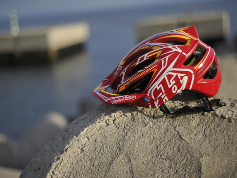TROY LEE DESIGNS A2 - KIT AND EQUIPMENT
