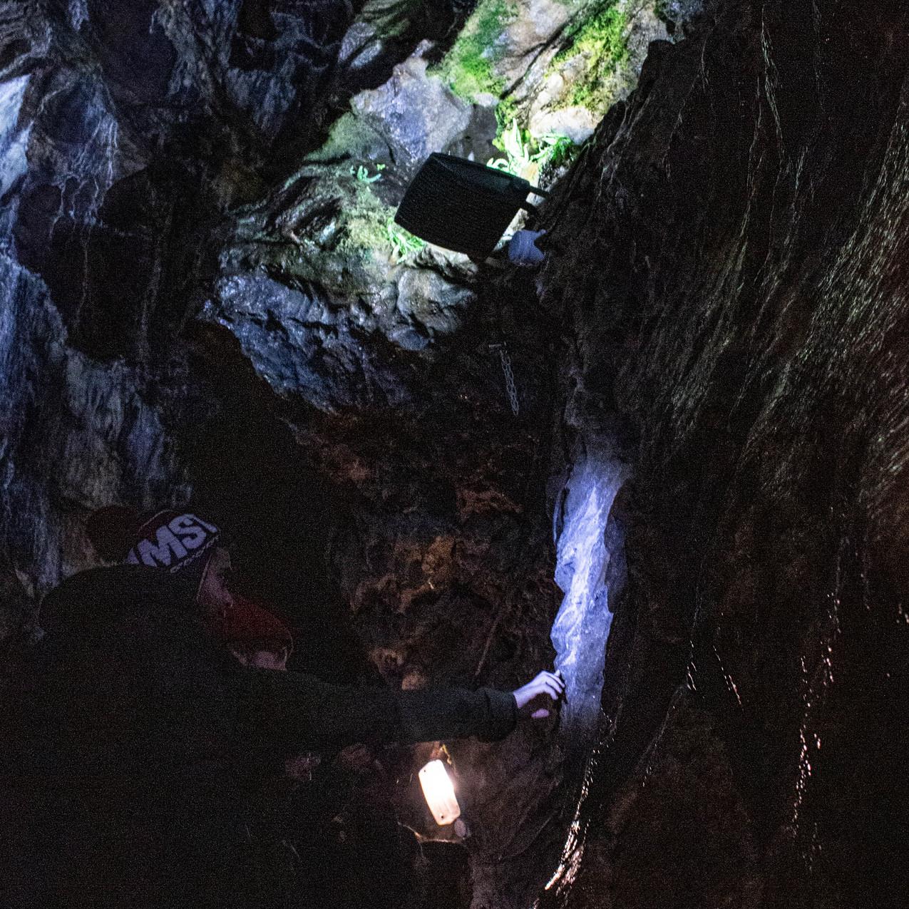 Blue John Cave, Castleton