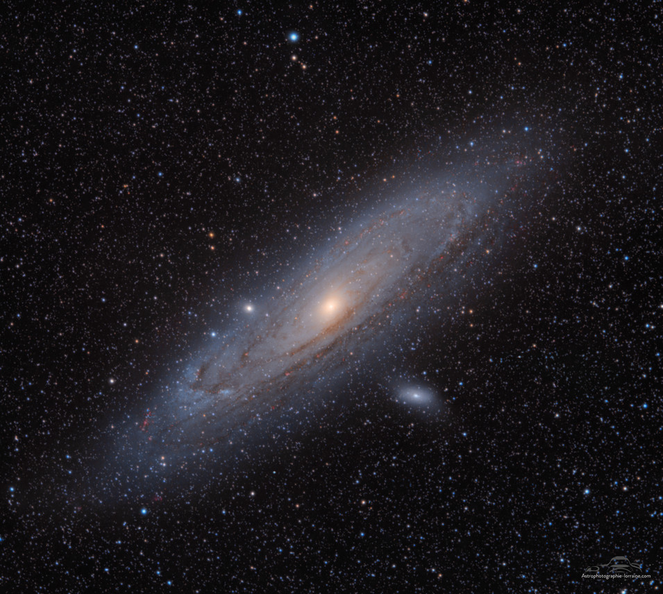 The Andromeda Galaxy (HaRGB version)