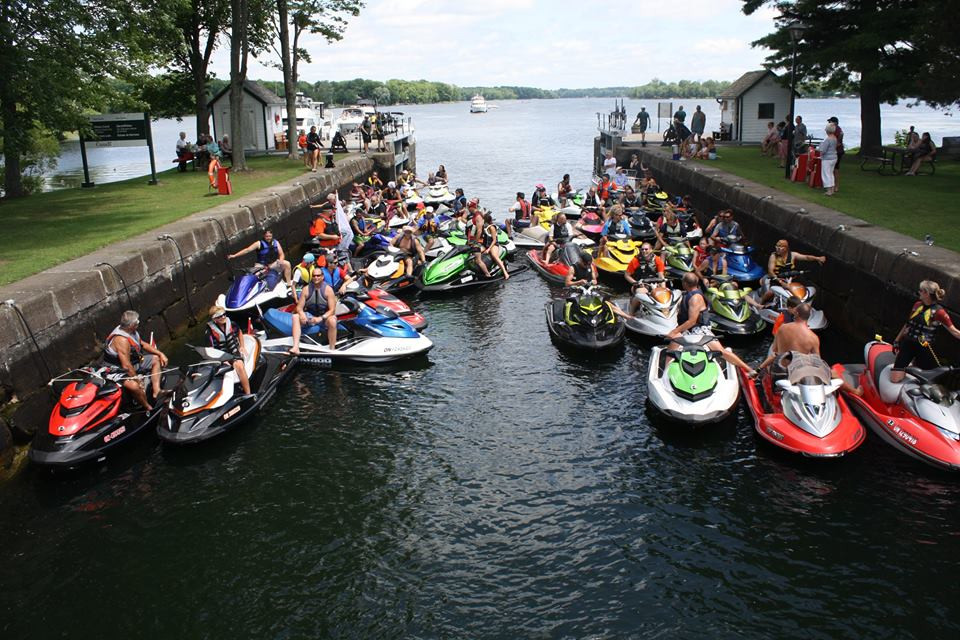 Group picture of watercrafts during Ride for Dad