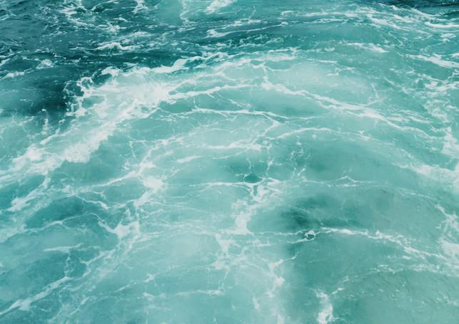 photo-of-sea-waves-3737719.jpg