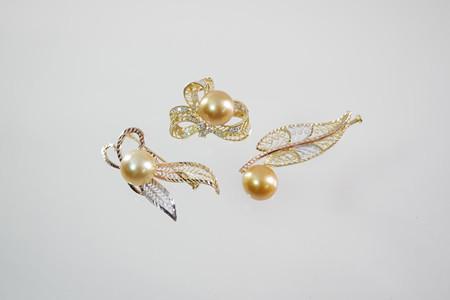 宇土真珠のパールブローチ