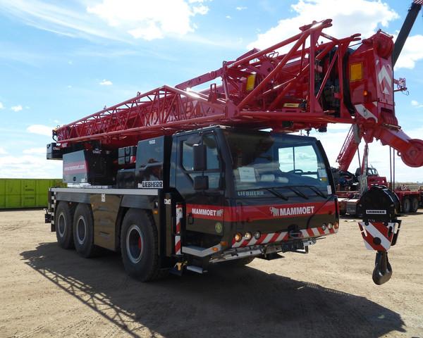 Liebherr LTM 1055