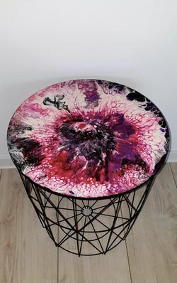 """Lekki, nowoczesny stolik. Blat stolika z akrylowym obrazem 40cm pt. """"Peonie"""" (2020)"""